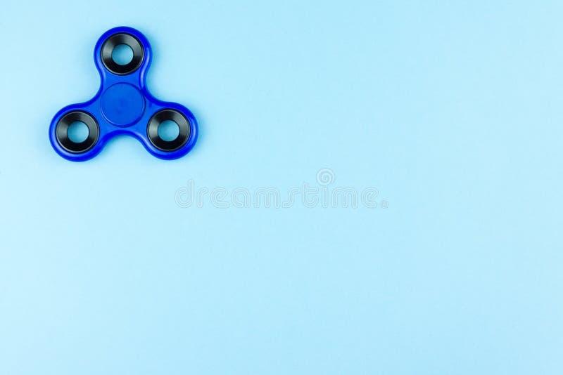 蓝色颜色的锭床工人 库存照片