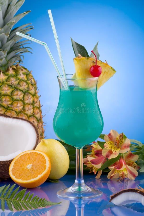 蓝色鸡尾酒夏威夷人多数普遍的系列 免版税库存照片
