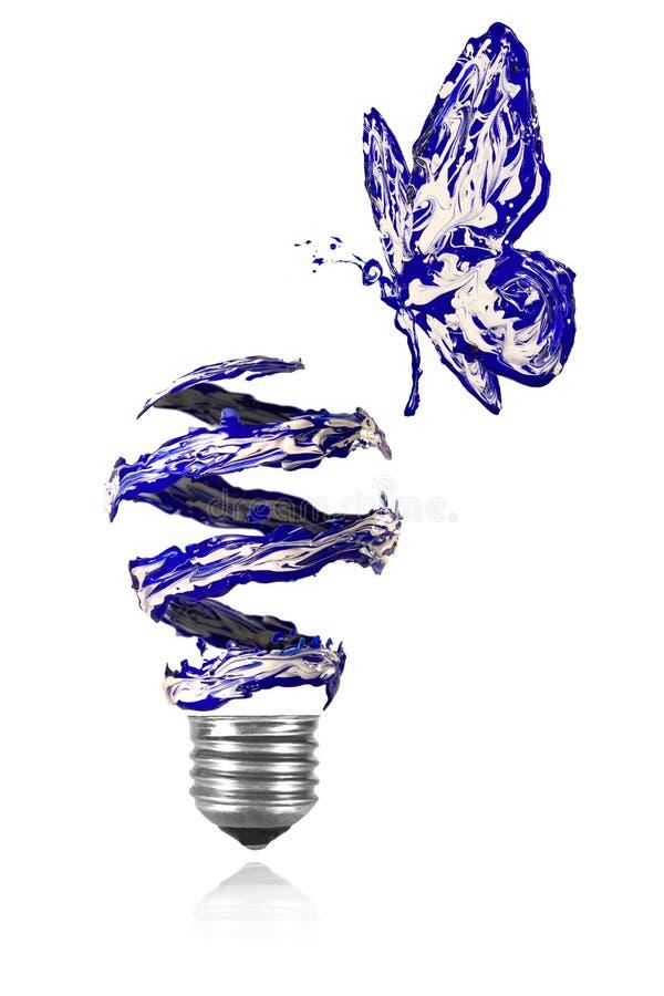 蓝色绘了fying在蓝色白光电灯泡附近的蝴蝶 皇族释放例证