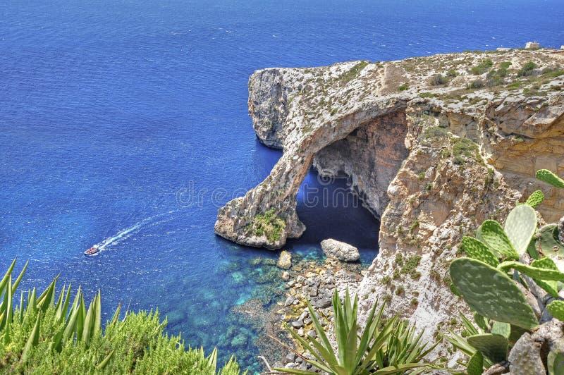 蓝色洞穴在马耳他 图库摄影