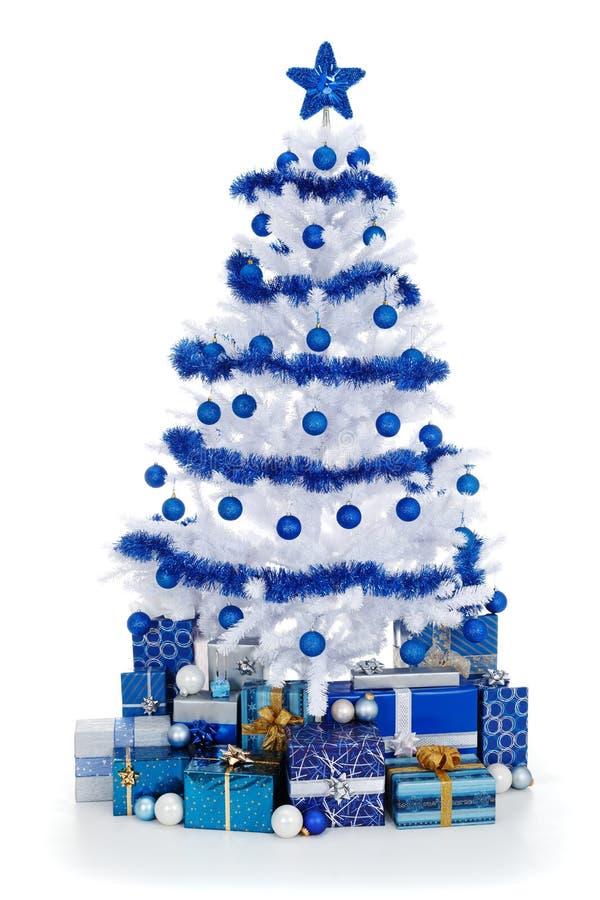蓝色cristmas装饰结构树白色 免版税库存照片