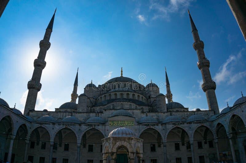 蓝色Mosqu, Sultanahmet Camii内在围场 免版税库存照片