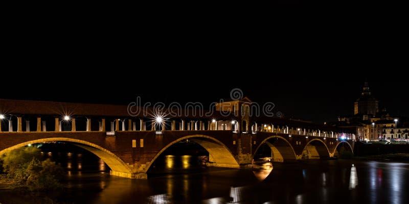 蓬特Coperto帕尔瓦,历史buil的夜摄影 库存图片