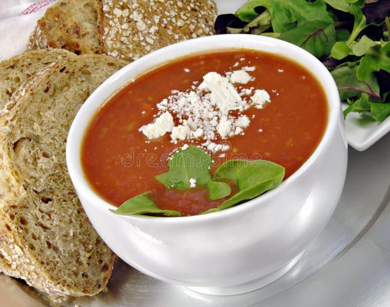 蓬蒿面包沙拉汤蕃茄 图库摄影
