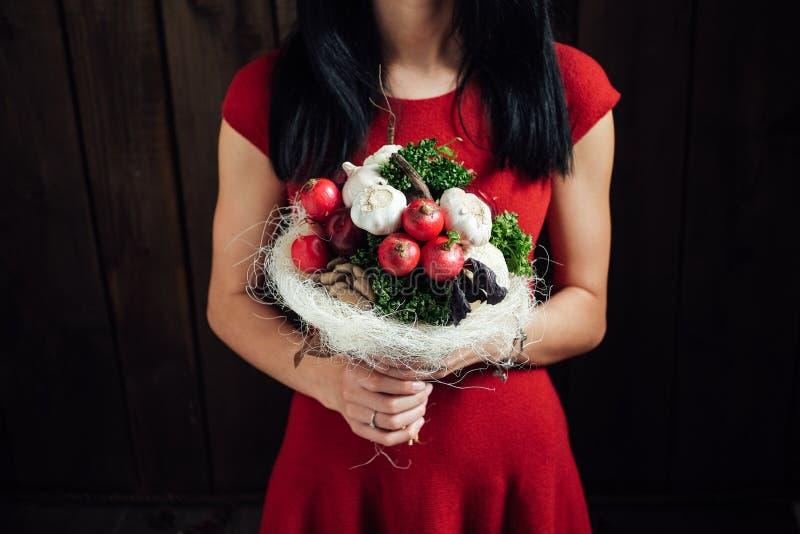 蔬菜和水果原始的花束  图库摄影