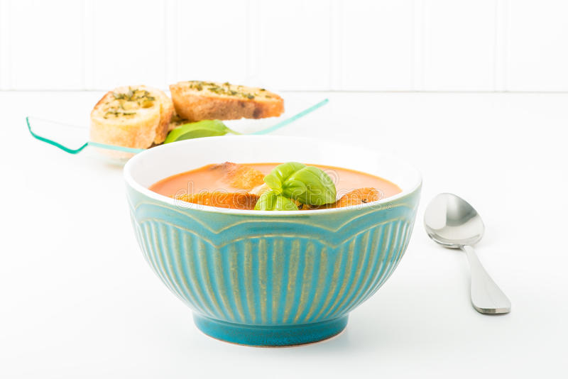 蕃茄汤和Crostini 库存照片