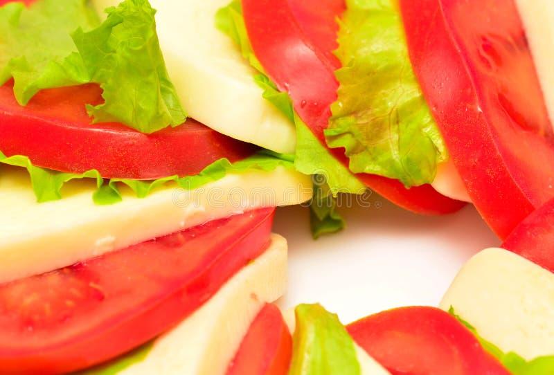 Download 蕃茄沙拉 库存照片. 图片 包括有 叶子, 美食, 地中海, 有机, 干酪, 无盐干酪, 意大利语, 经典 - 30333242