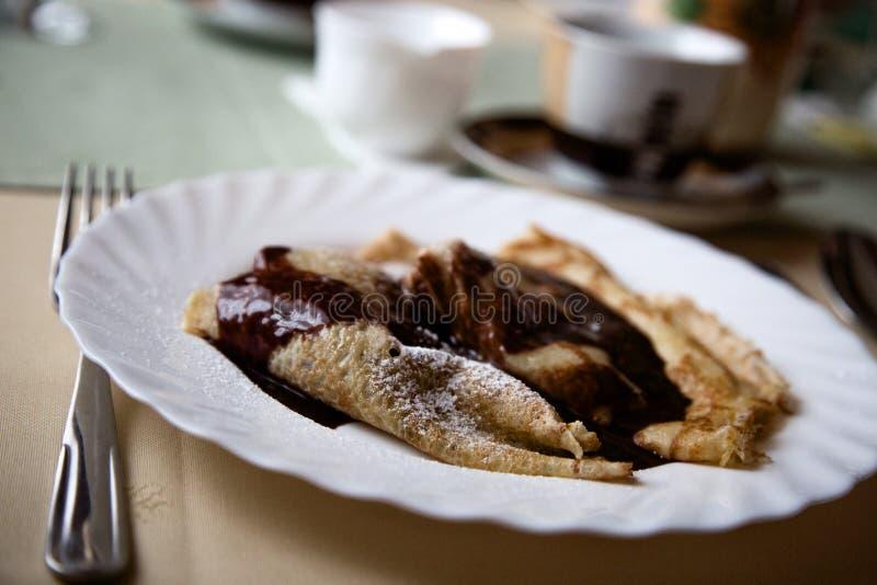 薄煎饼用巧克力 库存照片