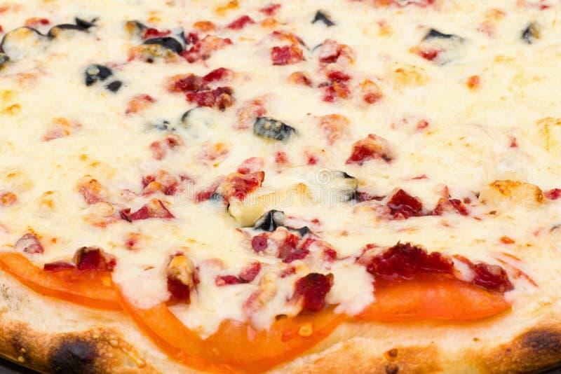 薄饼特写镜头视图用乳酪和火腿 库存图片