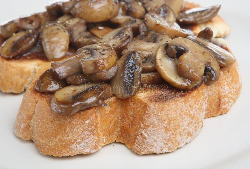 蘑菇多士 免版税库存照片