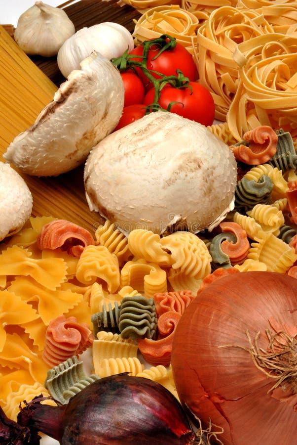 蘑菇有机意大利面食 免版税库存照片