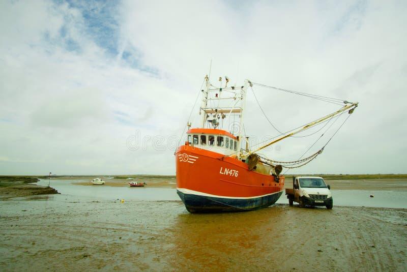 虾拖网渔船 库存照片