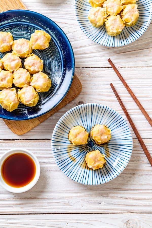 虾汉语蒸的饺子 免版税库存照片