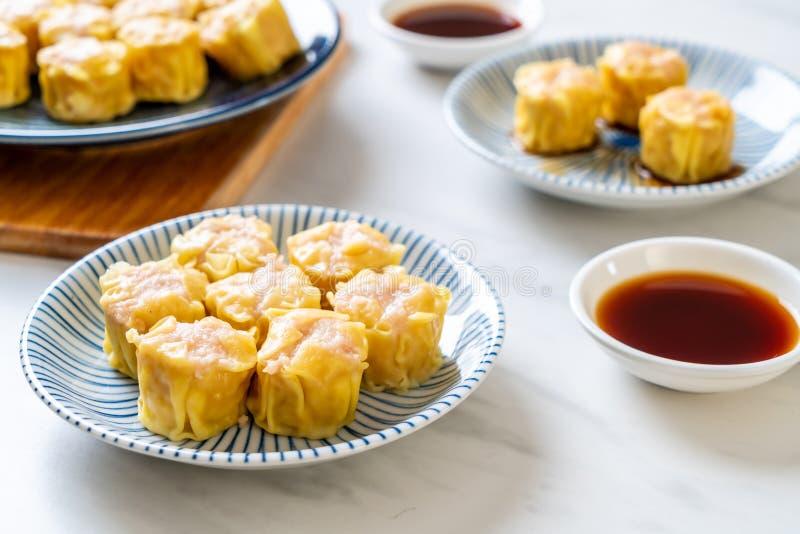虾汉语蒸的饺子 免版税图库摄影