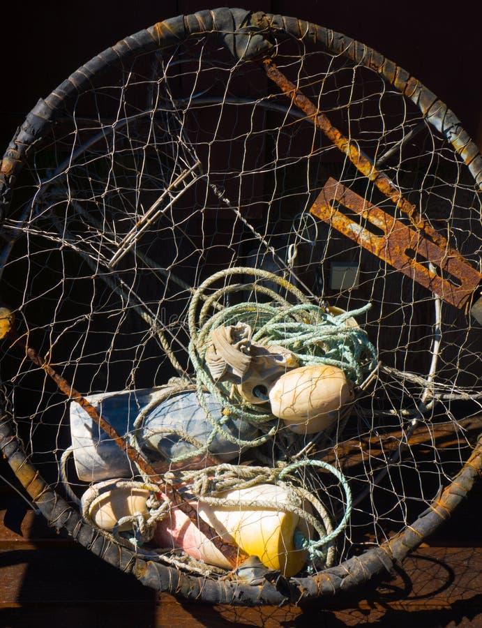 虾笼和捕鱼设备 免版税库存照片