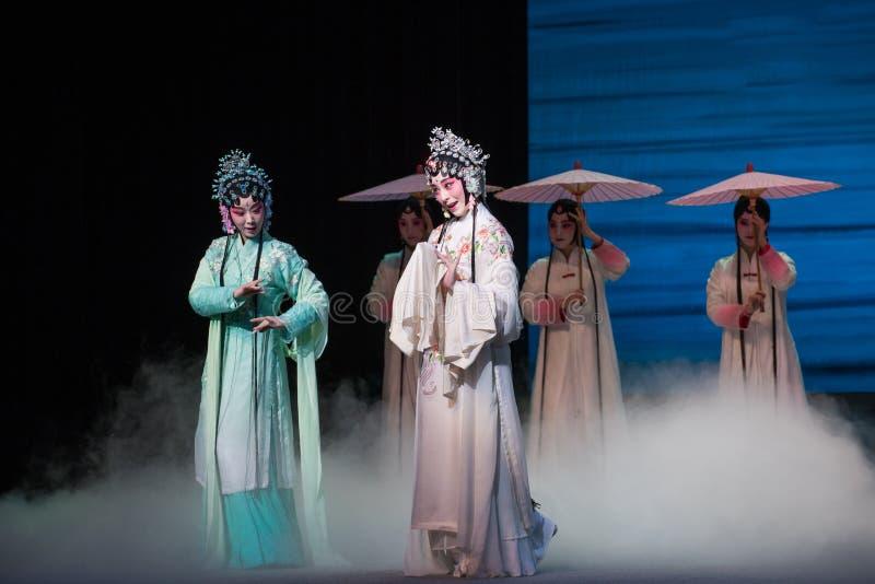 """蛇姐妹Kunqu Opera""""Madame白色Snake† 免版税图库摄影"""