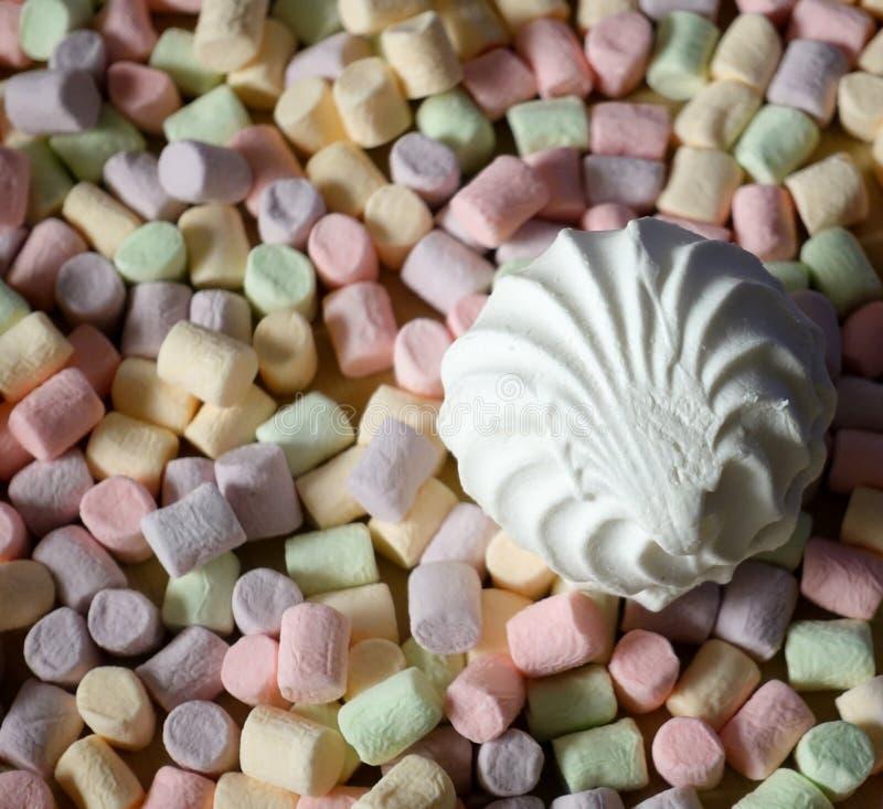 蛋白软糖 五颜六色的微型蛋白软糖背景或纹理  库存图片