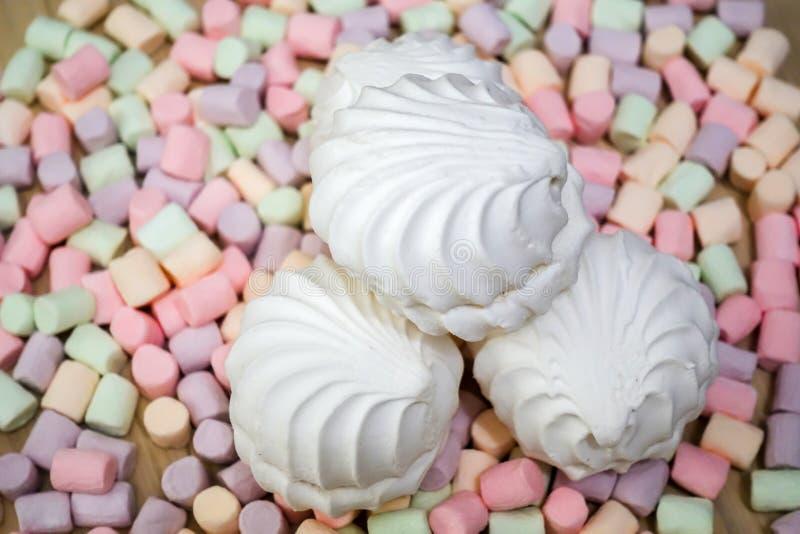 蛋白软糖 五颜六色的微型蛋白软糖背景或纹理  免版税图库摄影