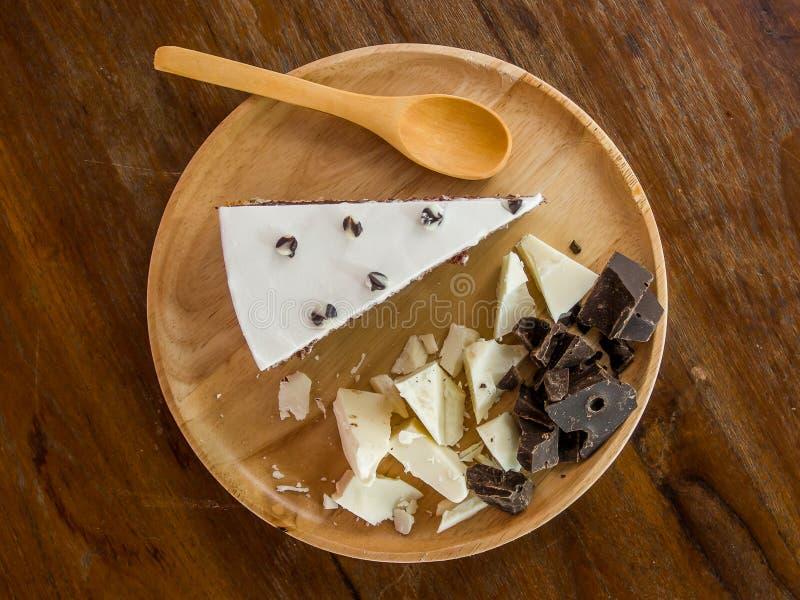 蛋糕巧克力黑暗的白色 免版税图库摄影