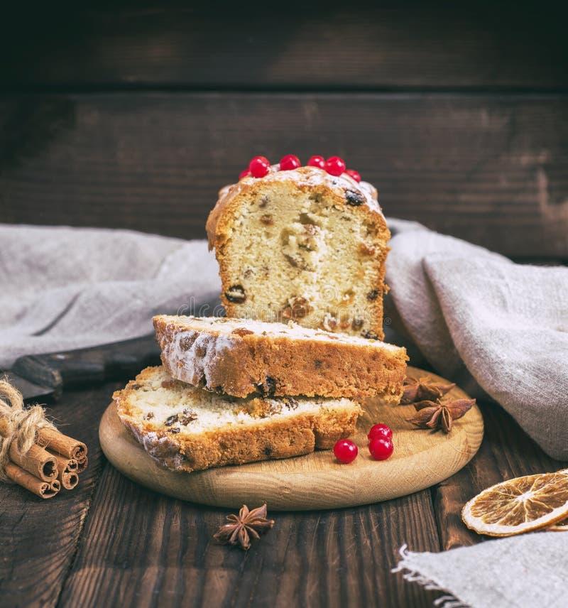 蛋糕用葡萄干和干果子 库存照片