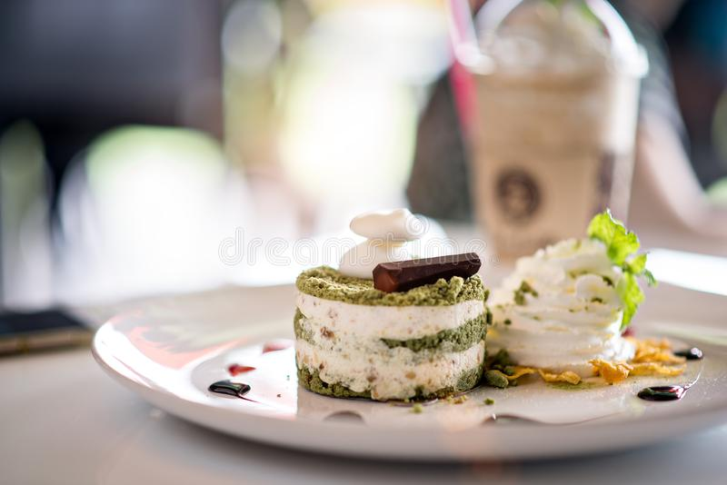 蛋糕绿色matcha茶 免版税图库摄影