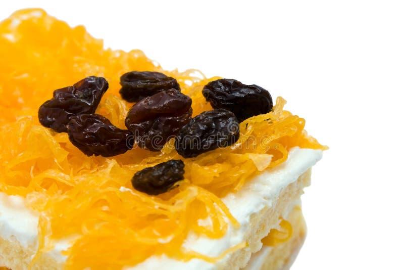 蛋糕蛋金葡萄干线程数卵黄质 免版税库存图片