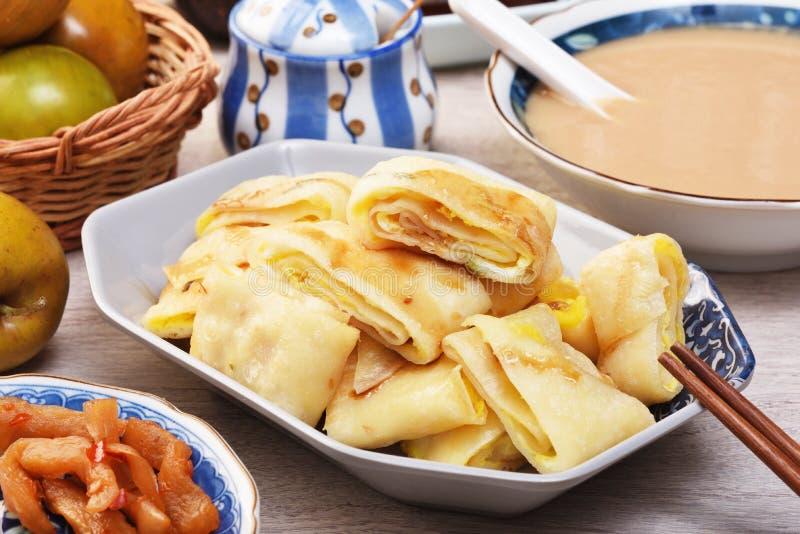 蛋薄煎饼/中国煎蛋卷 免版税库存照片