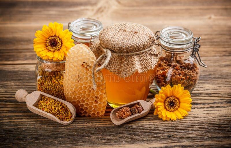 蜂蜜产品 免版税图库摄影
