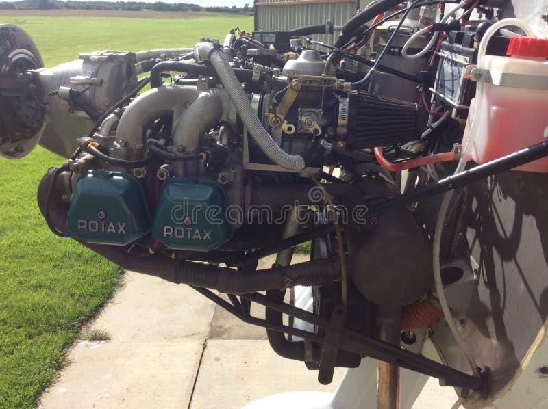 蜇rotax 912飞行的农夫小型飞机microlight 免版税库存照片