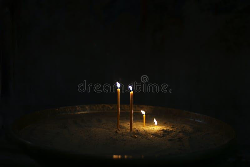 蜡烛一致最旧的教会在世界上 库存图片