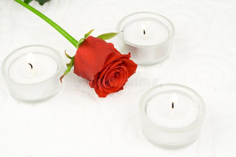 蜡烛上升了 免版税库存图片