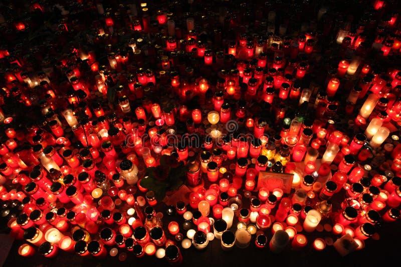 蜡烛在memoriam已故的捷克总统瓦茨拉夫Havel下来 免版税图库摄影