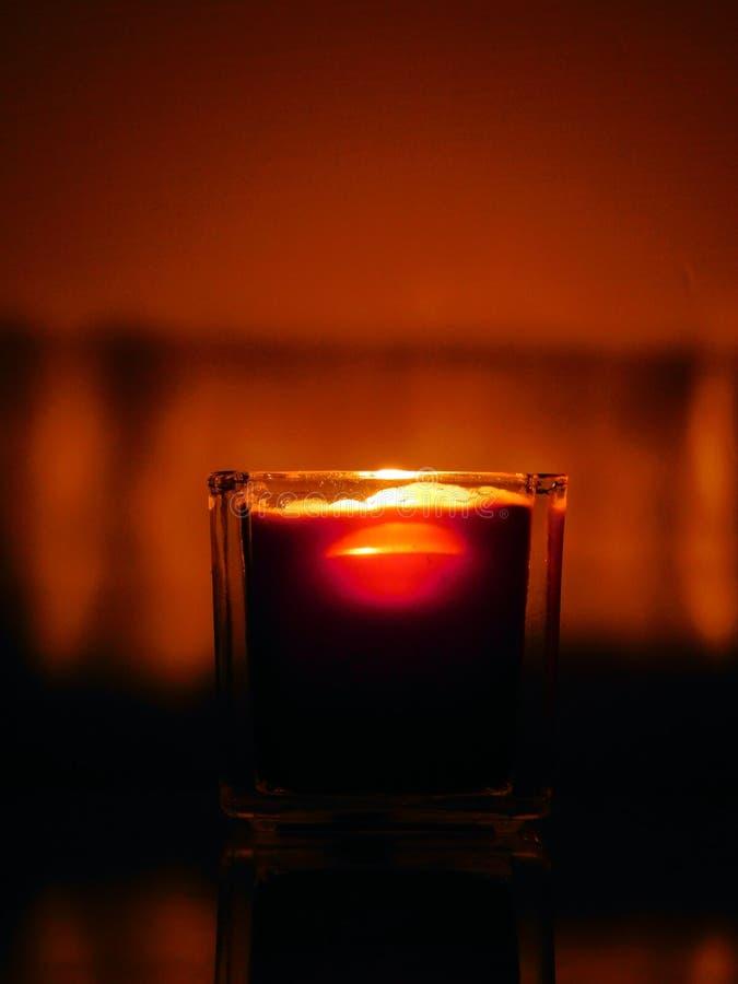 蜡烛看起来象软饮料 免版税库存照片