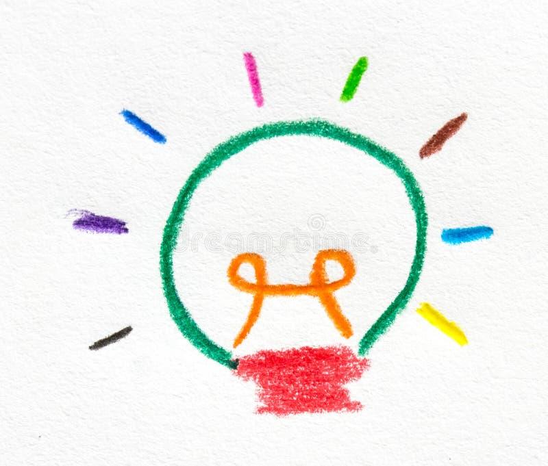 蜡笔在纸的被绘的五颜六色的电灯泡 库存图片