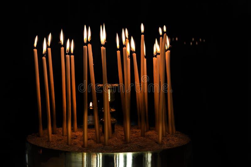 蜡蜡烛在东正教里 库存图片