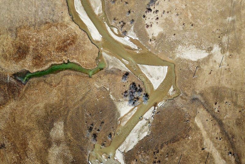 蜿蜒的河鸟景色香格里拉的 免版税库存图片