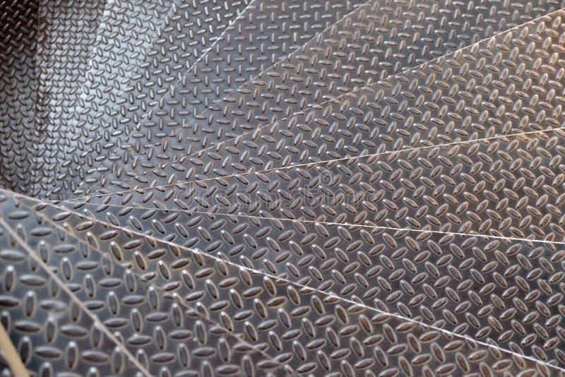 螺旋金属楼梯 免版税图库摄影