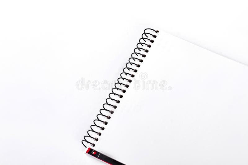 螺旋黏合剂笔记本,白色背景 免版税库存图片