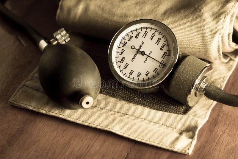 血压计,我dical工具和设备 免版税库存照片