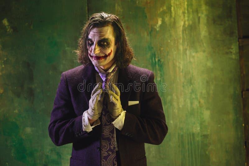血淋淋的万圣夜题材:疯狂的说笑话者面孔 免版税库存图片