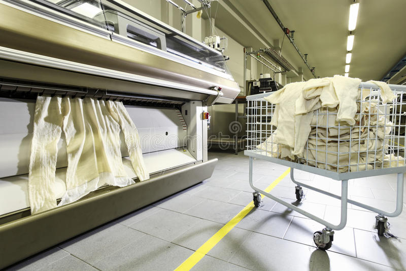 行业纺织品工厂,内部 免版税库存照片