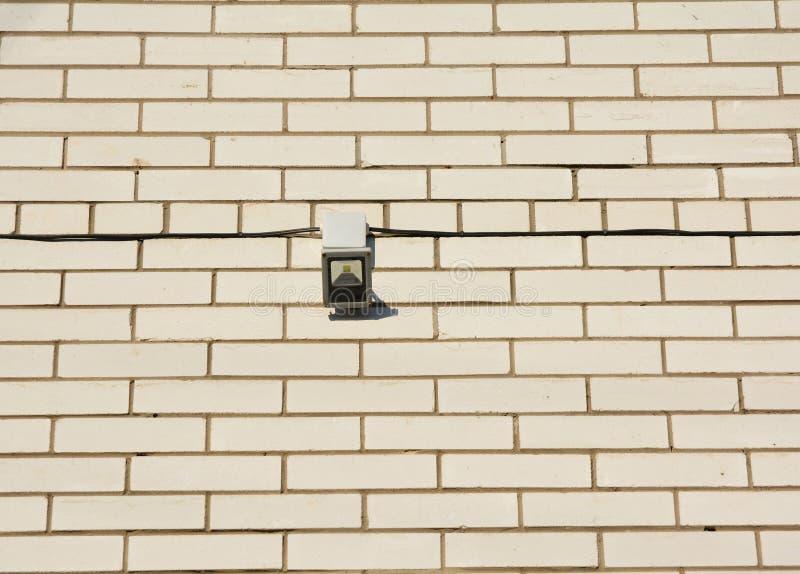 行动泛光灯 如何选择和安装运动检测器照明设备 行动Sensor€Ž 免版税库存照片