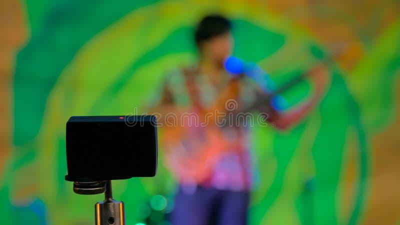 行动照相机录音露天音乐会 免版税库存照片