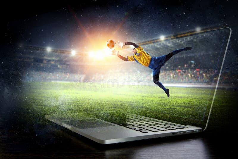 行动的足球守门员 混合画法 库存图片