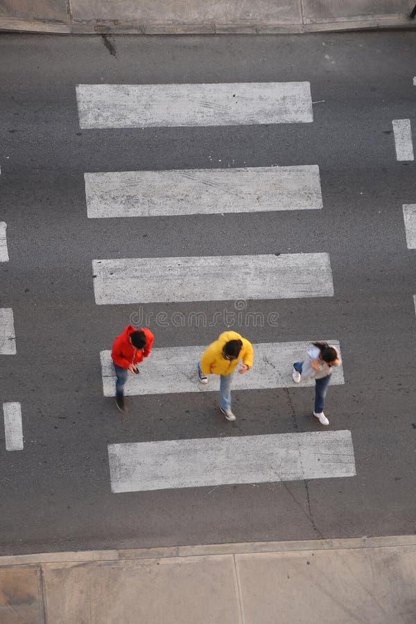 步行行人穿越道横穿 库存照片
