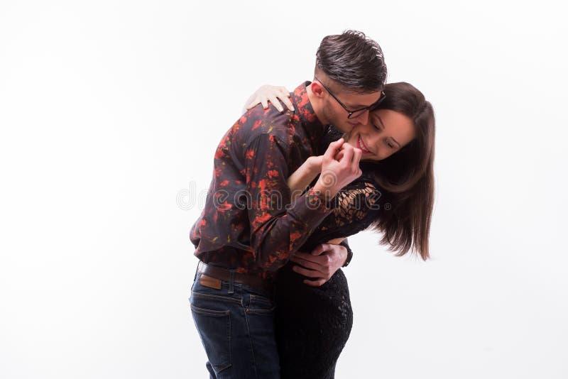 行家夫妇爱的摆在 免版税库存图片