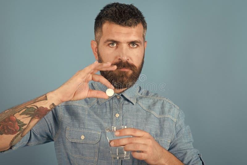 行家饮料药片用水,病症 库存图片