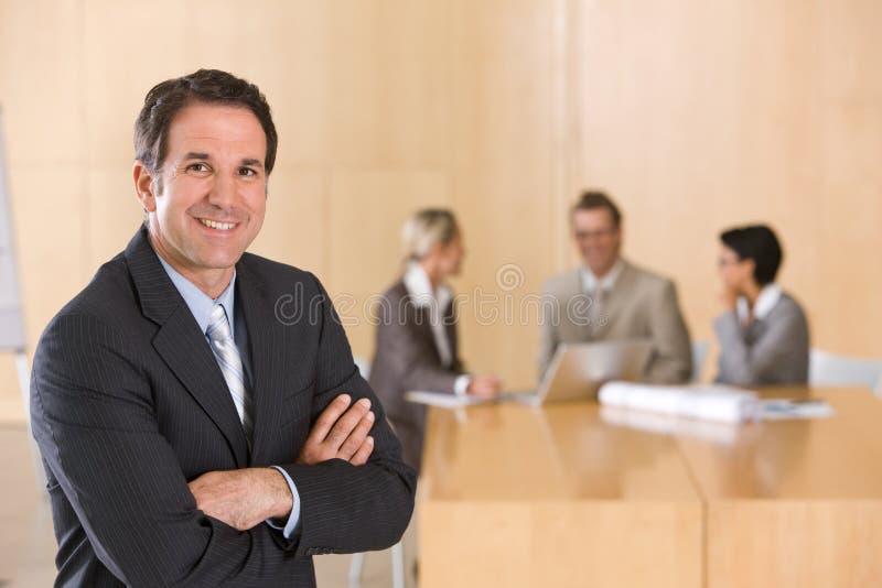 行政英俊的男性纵向 库存图片