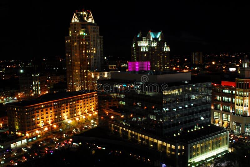 街市上帝,罗德岛州在晚上 免版税库存照片