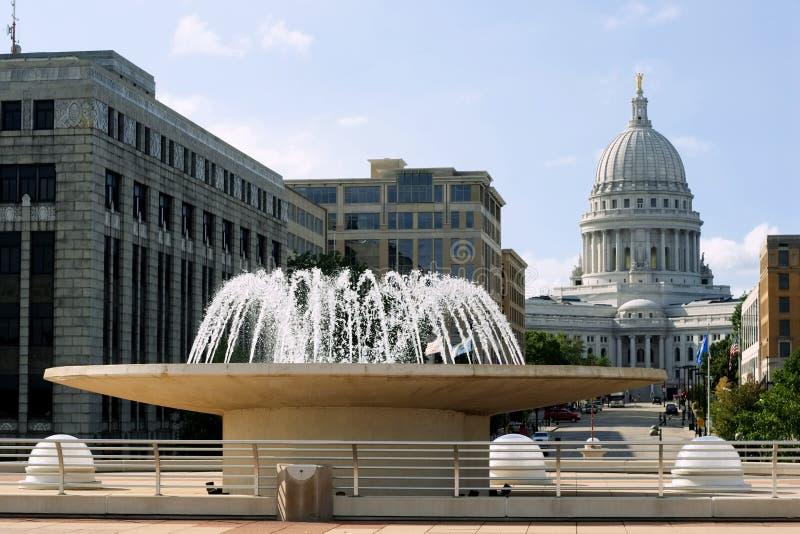 街市喷泉麦迪逊 免版税库存图片